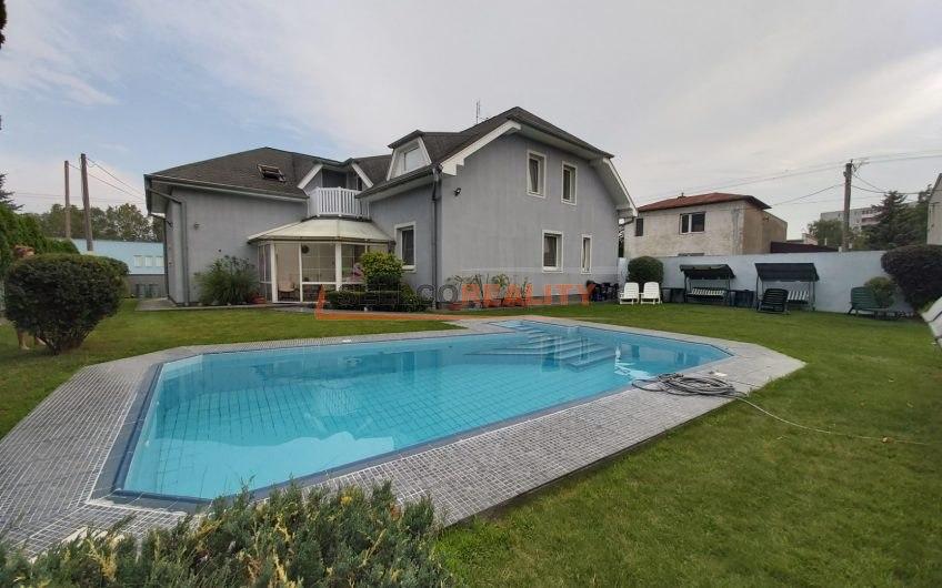 Nová ponuka – RD – dvojpodlažný s bazénom – Michalovce